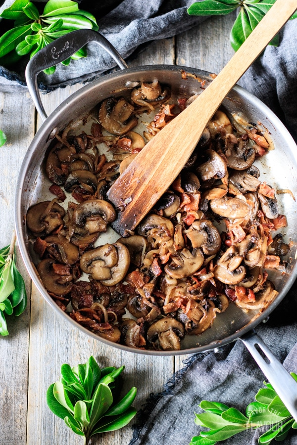 mushrooms, shallots, and bacon for green beans with bacon and mushrooms