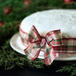 decorating a Christmas cake