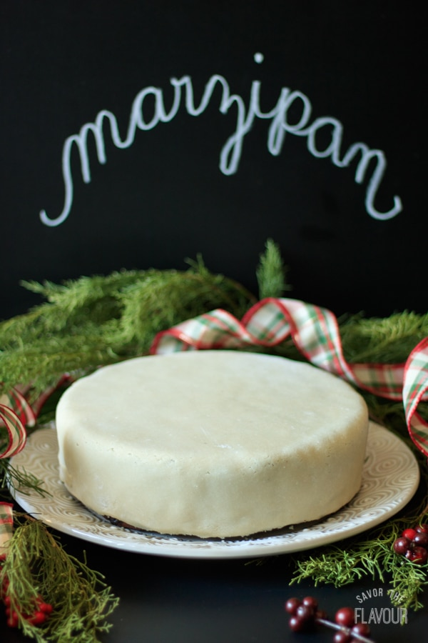 Decorating a Traditional Christmas Cake: learn how to decorate a Christmas cake in the traditional British way with apricot jam, marzipan, and royal icing. | www.savortheflavour.com