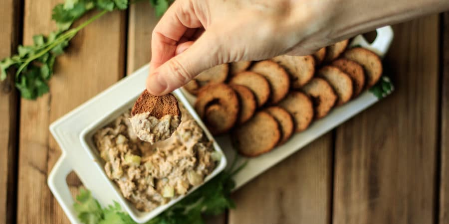 Creamy Sardine Salad: a quick and easy recipe for a healthy, low carb appetizer or lunch! It has a delightful crunch from chopped celery, pickles, and onions.   www.savortheflavour.com #sardinesalad #sardines #canned #tinned #quicklunchrecipes #appetizers
