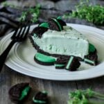 slice of grasshopper pie with mint Oreos
