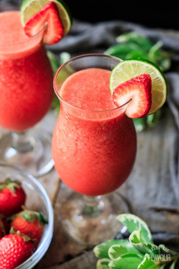 glass of strawberry daiquiri