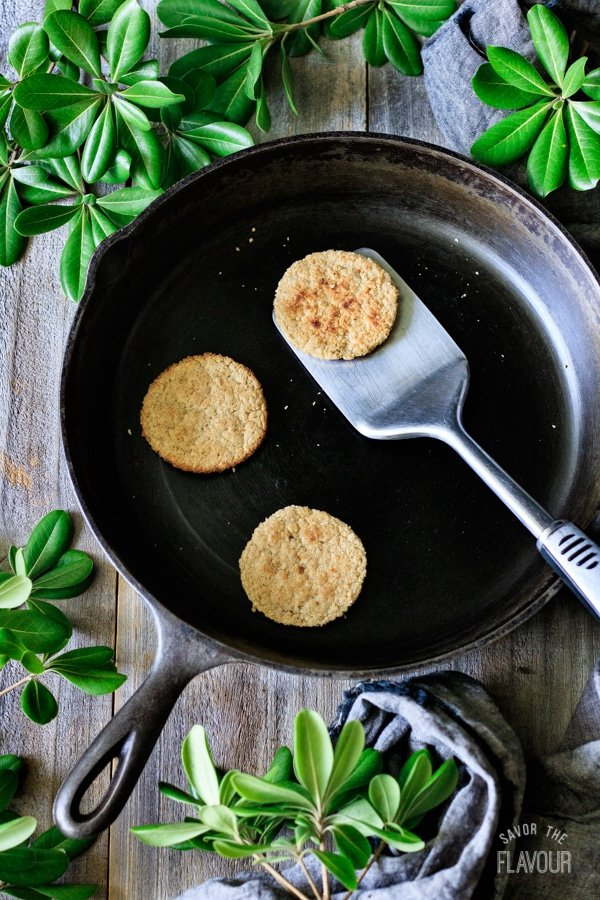 oatcakes in cast iron skillet