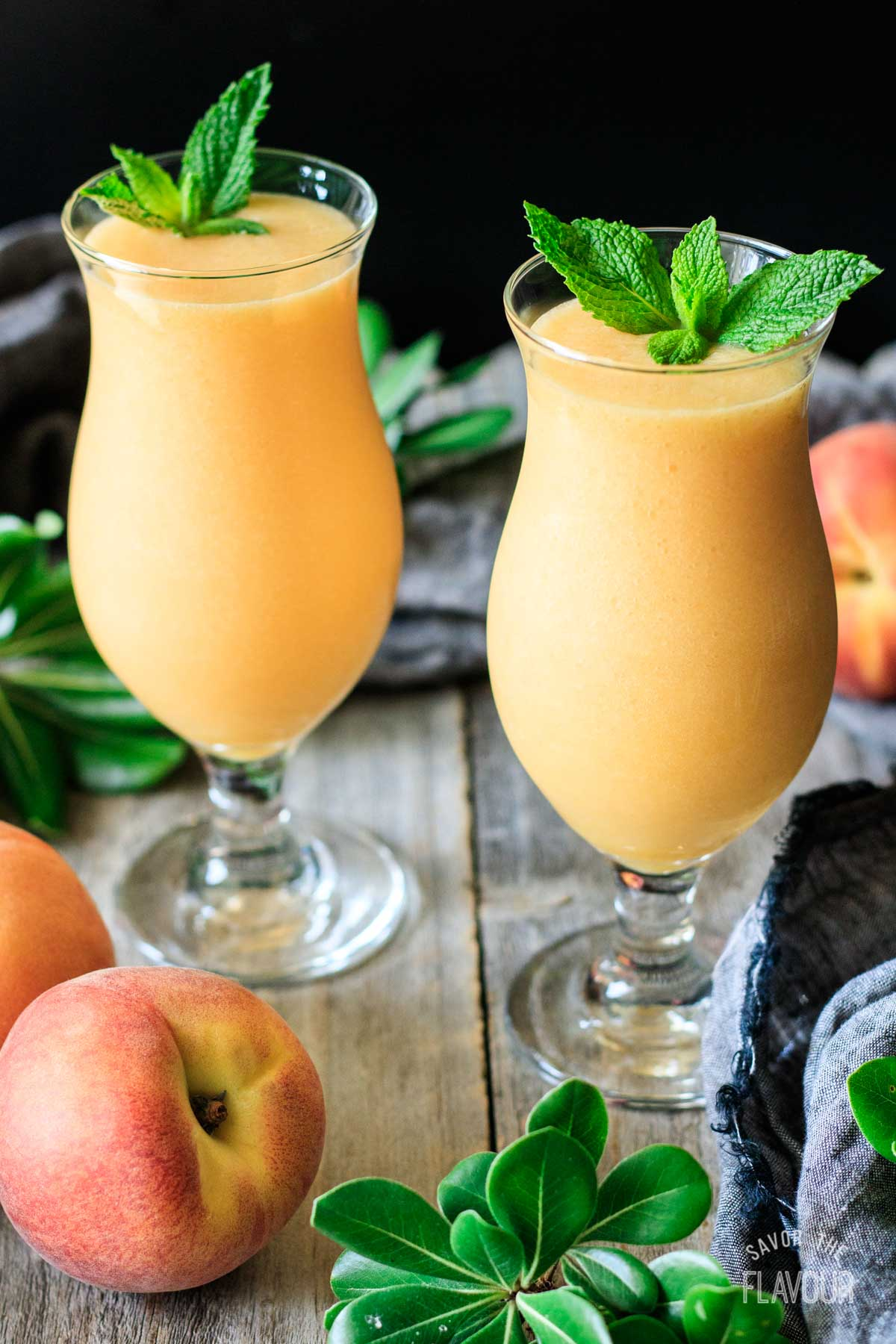 virgin peach daiquiris with fresh peaches