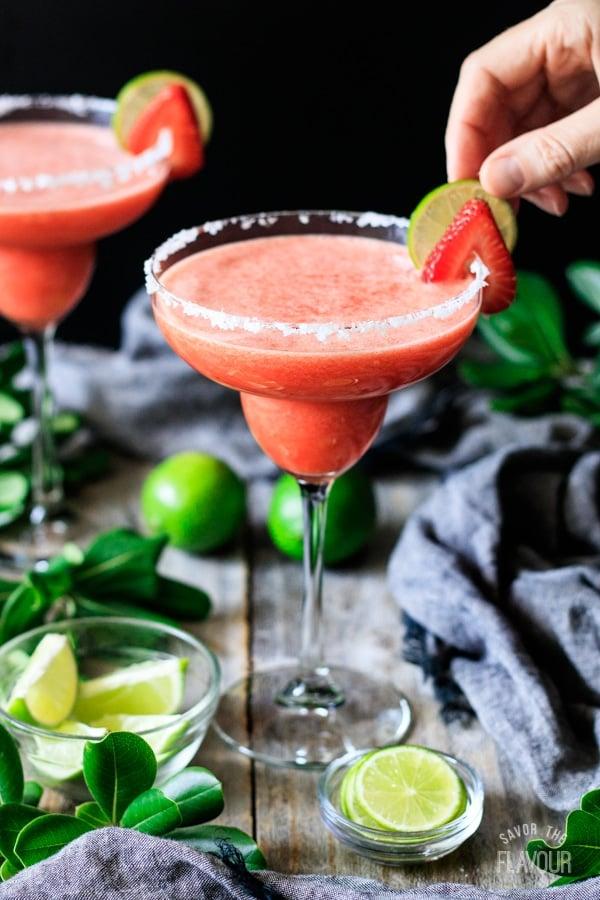 garnishing non alcoholic strawberry margarita