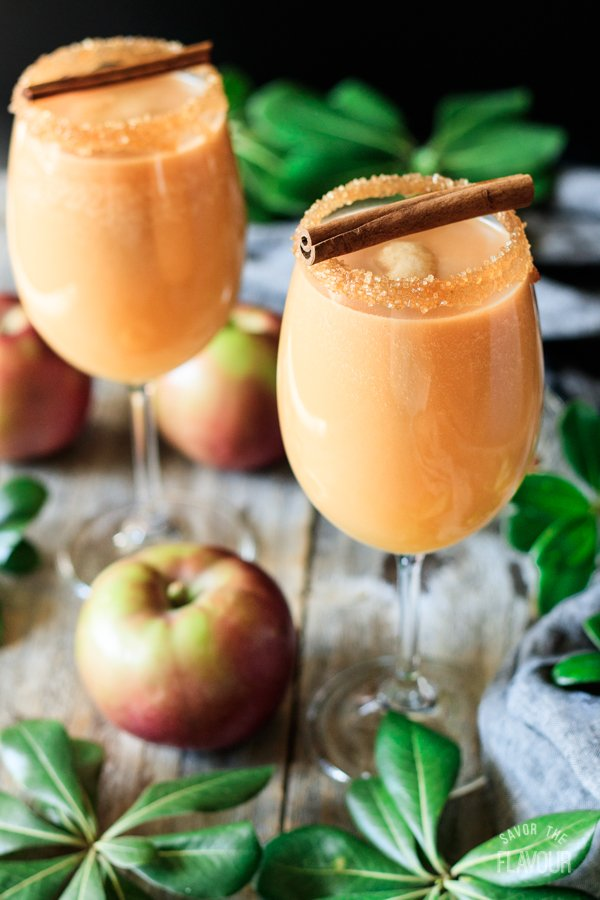 two glasses of caramel apple mocktail