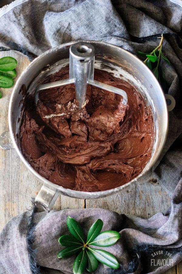 adding sugar to icing for sour cream chocolate cake