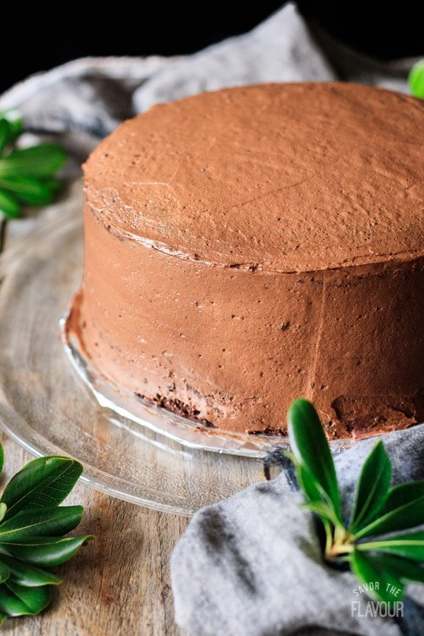 crumb coat for sour cream chocolate cake