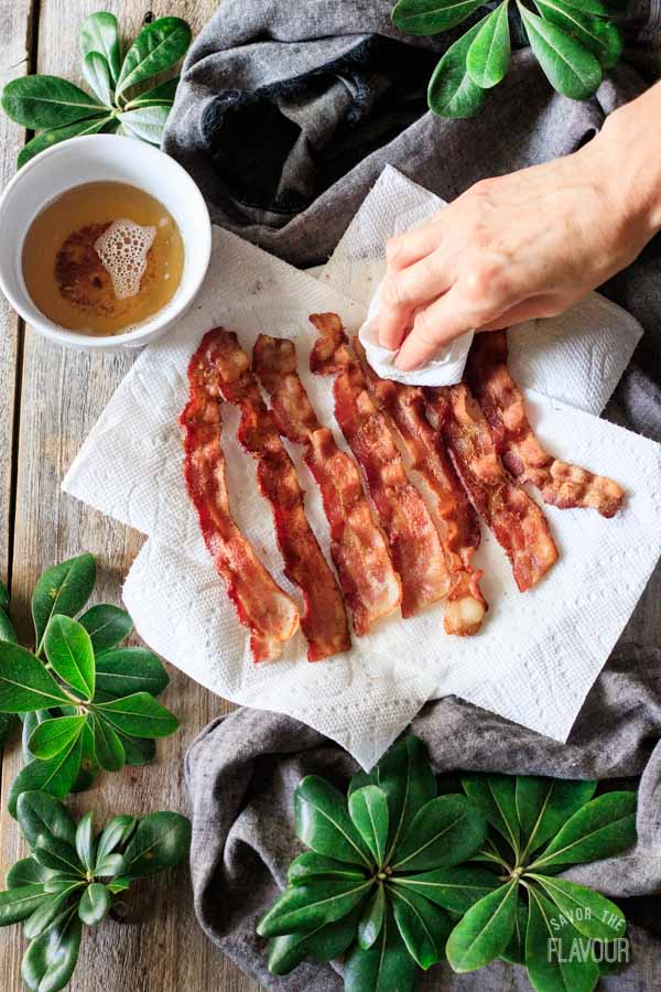 blotting grease off of bacon for breakfast hash
