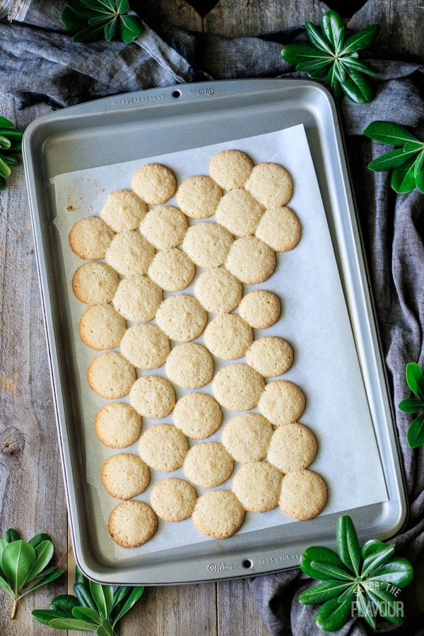 baked ratafia biscuits on the baking tray