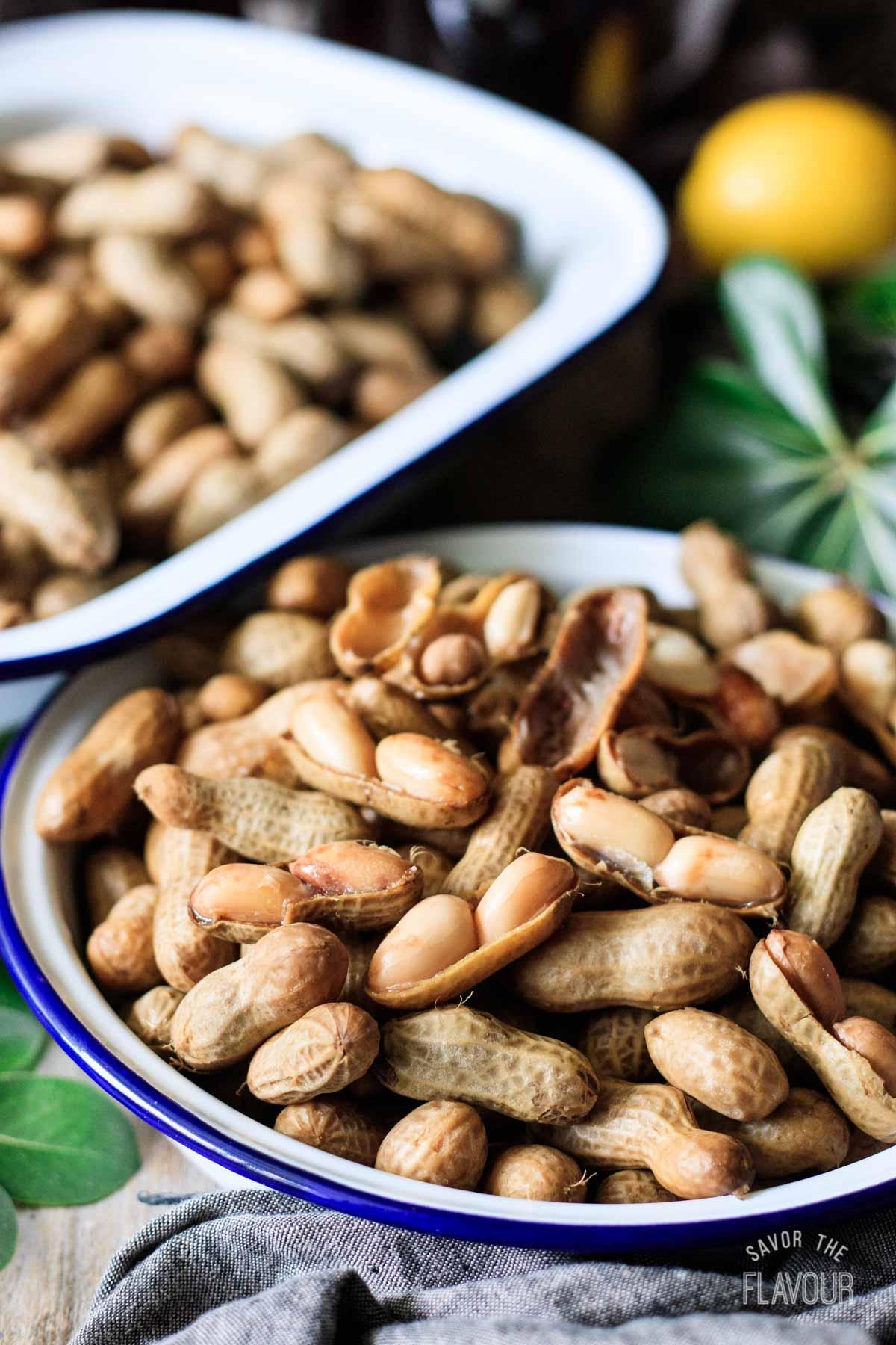 dish of boiled peanuts
