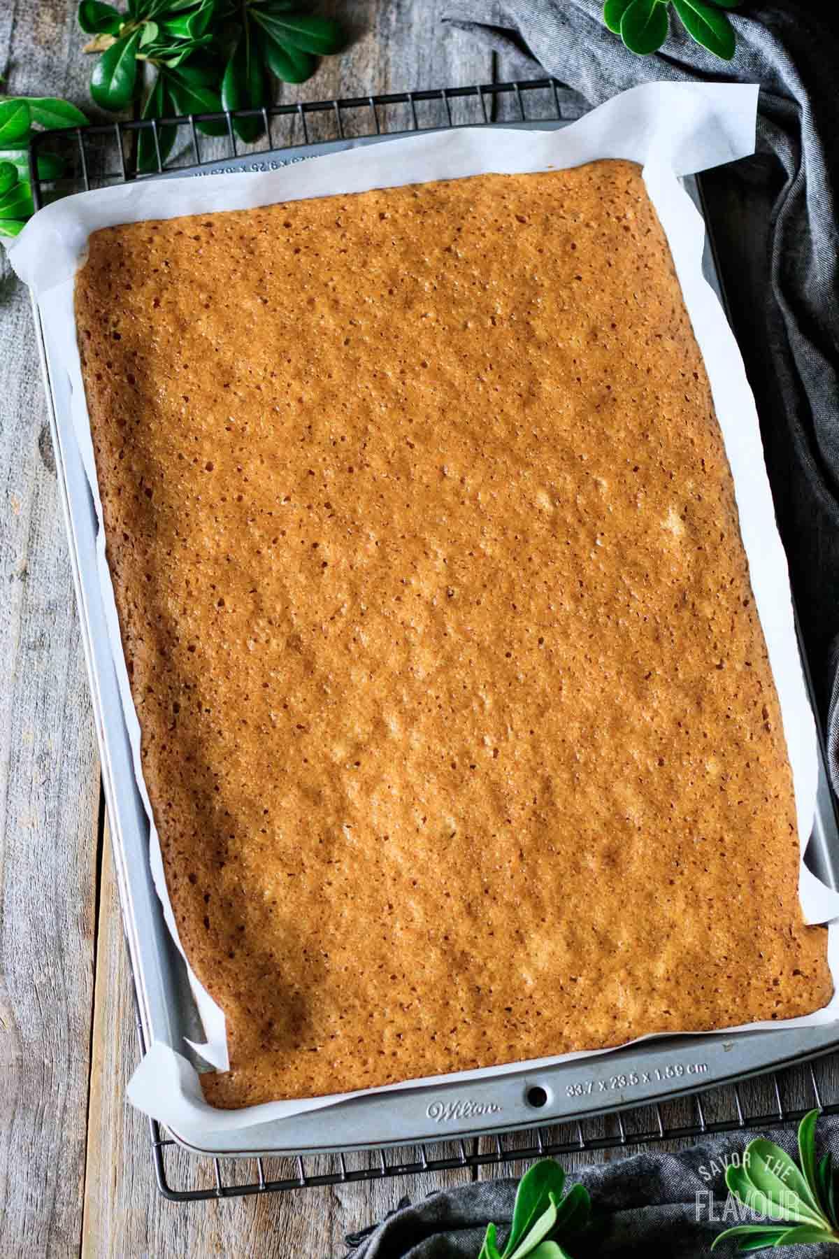 baked pumpkin roll cake