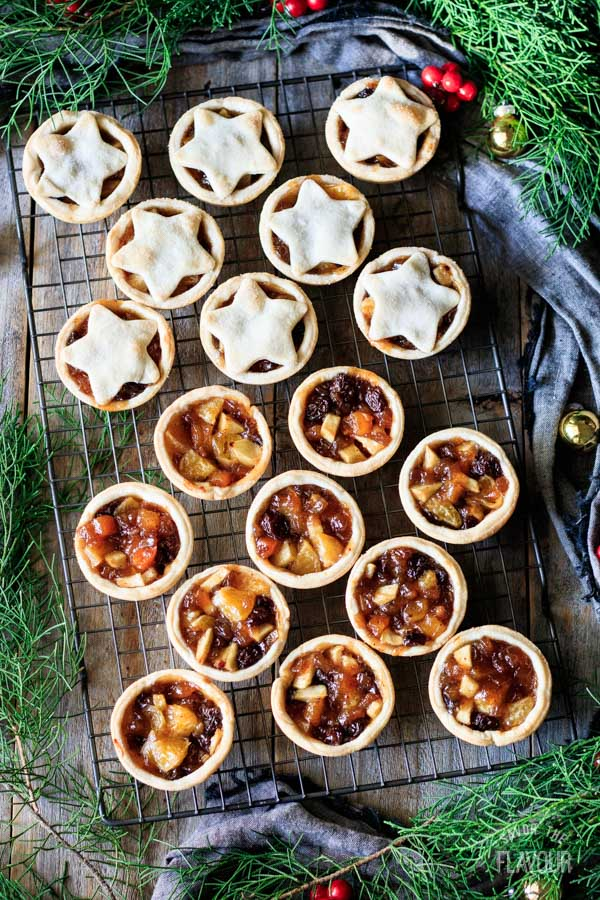 baked mincemeat tarts on a cooling rack