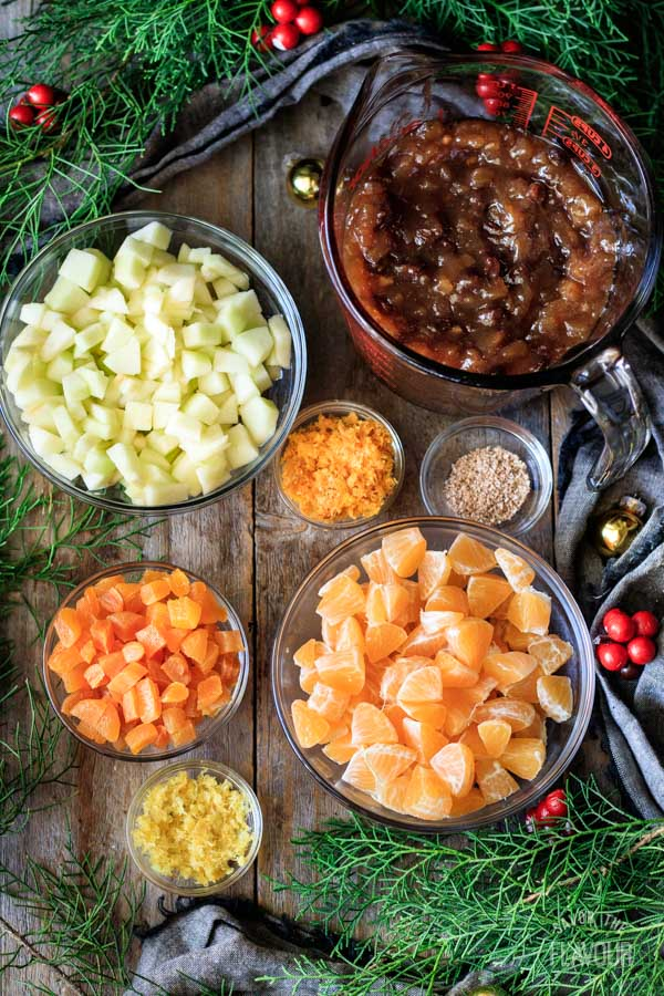 mincemeat and chopped fresh fruit