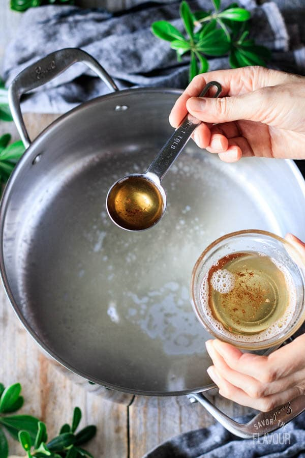 putting bacon grease in a soup pot