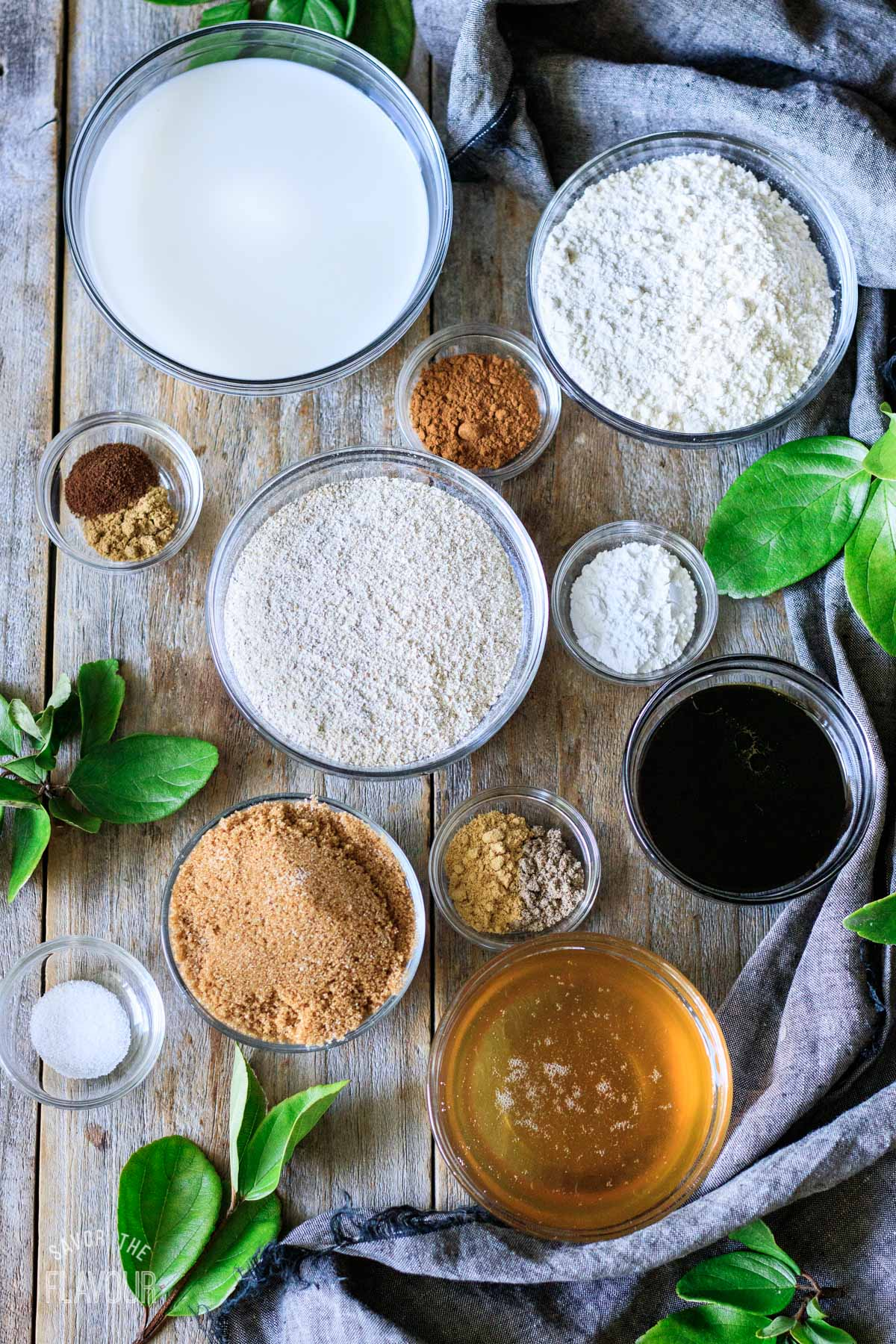 bowls of ingredients for ontbijtkoek
