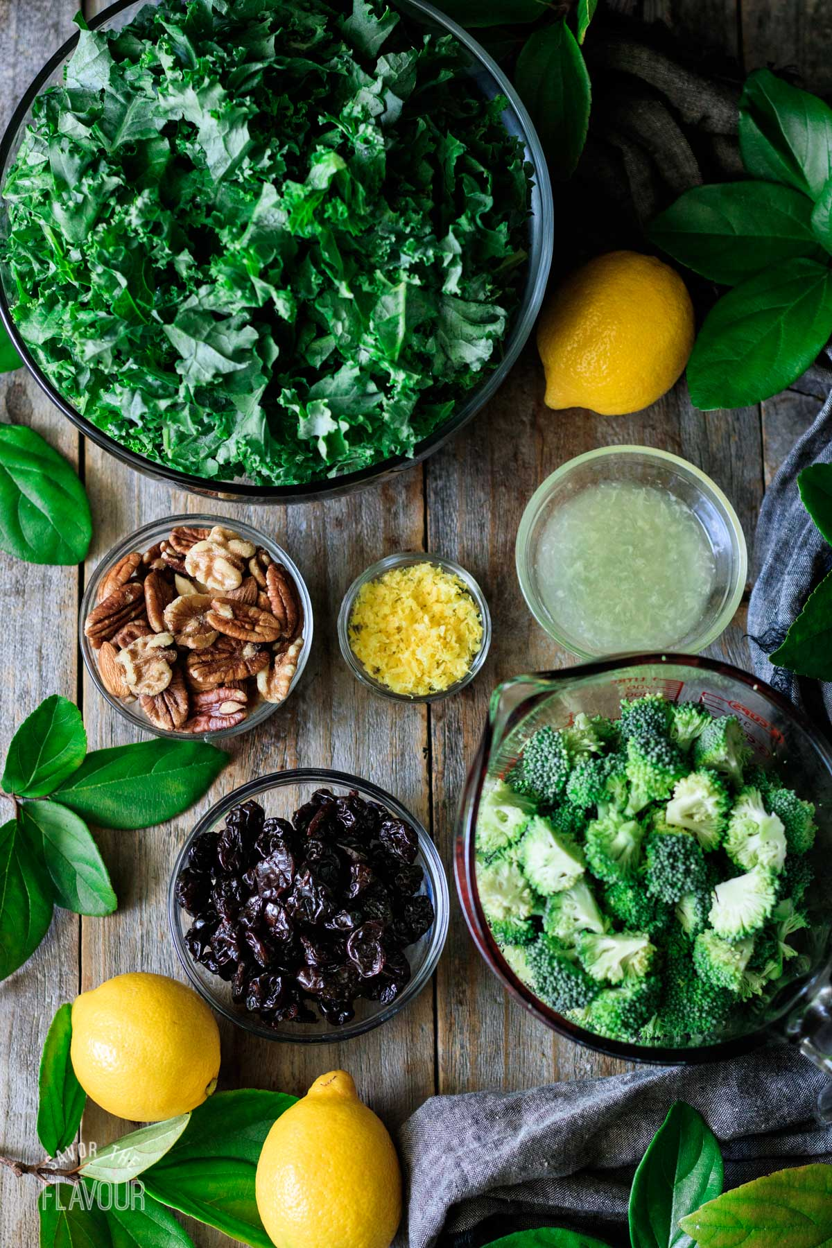 bowls of ingredients for the superfood salad