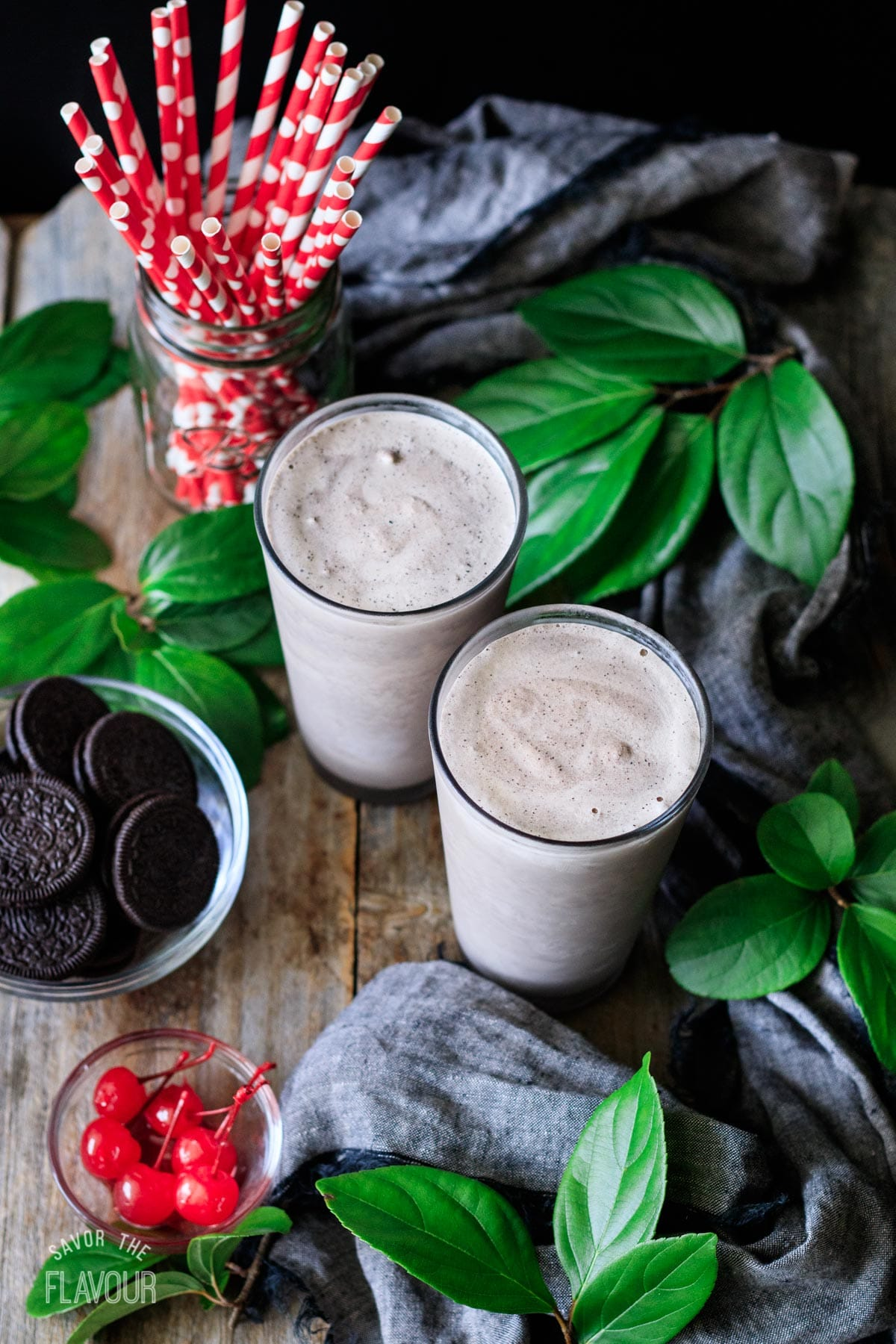two glasses of cookies and cream milkshake