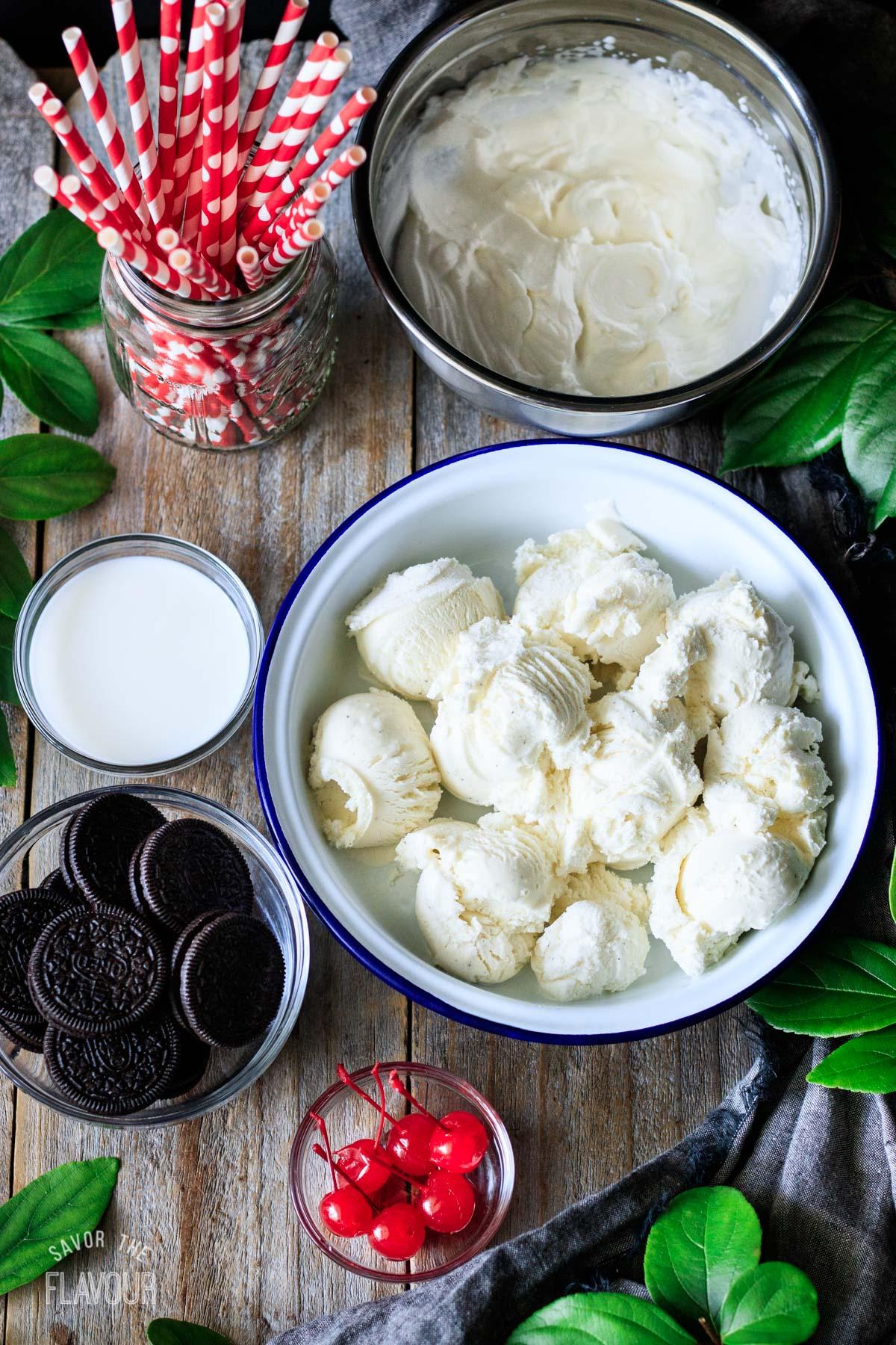 bowls of ingredients for cookies and cream milkshake