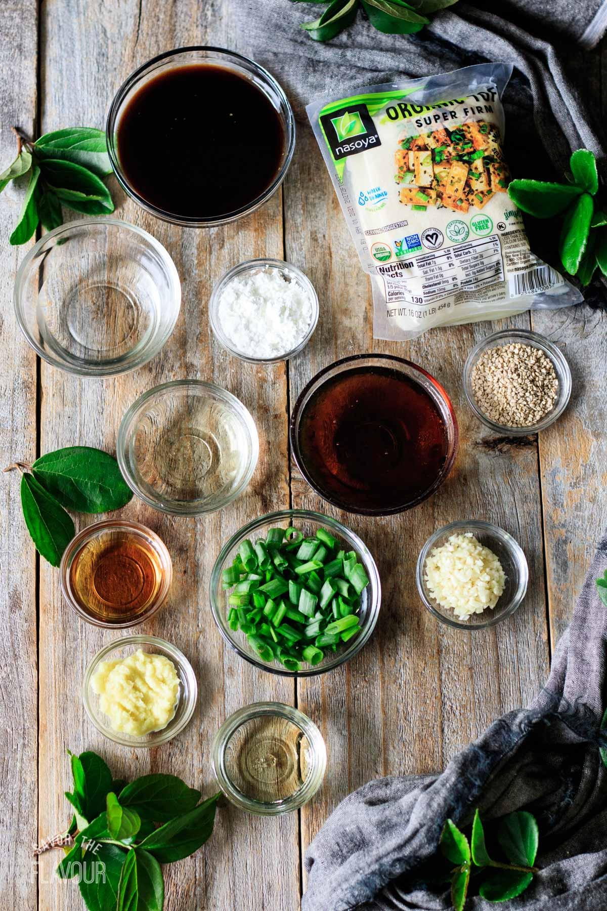 bowls of ingredients for teriyaki tofu