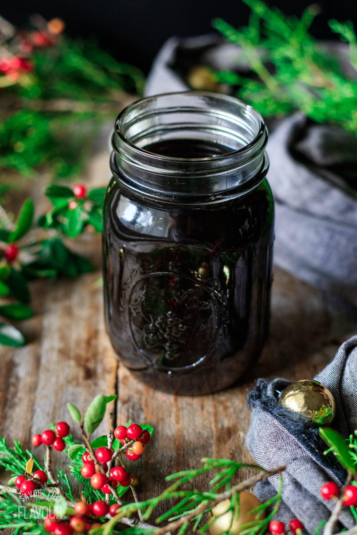 gingerbread syrup in a mason jar