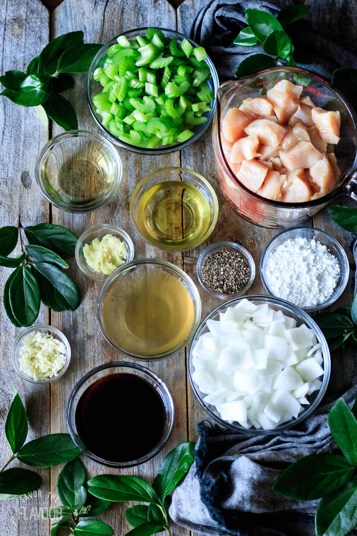bowls of ingredients for black pepper chicken