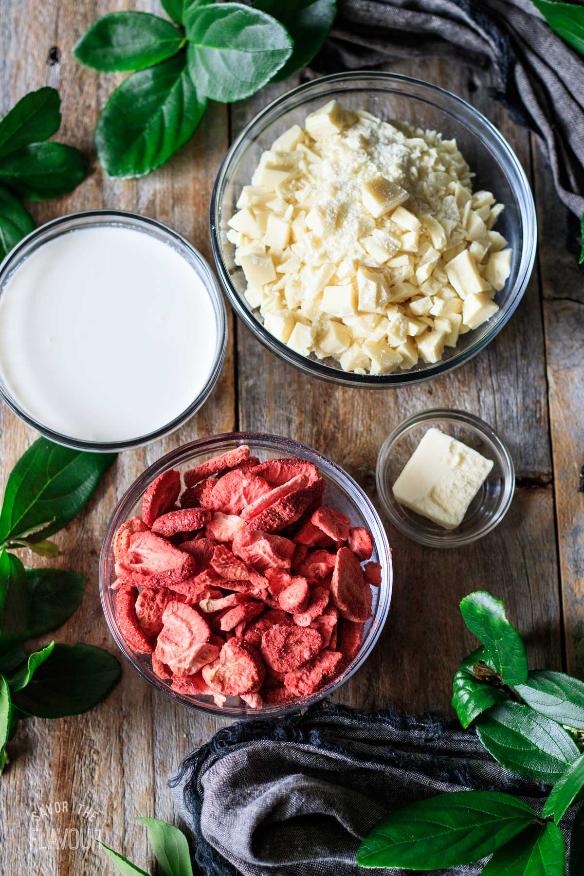 bowls of ingredients for the strawberry truffles
